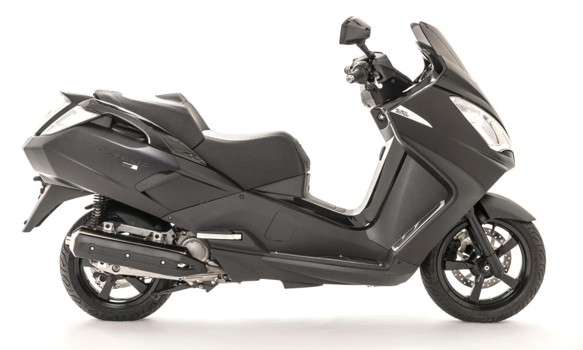 Peugeot Satelis 125 Black Edition